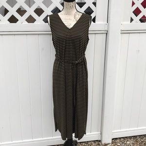 Old Navy Maternity Dress